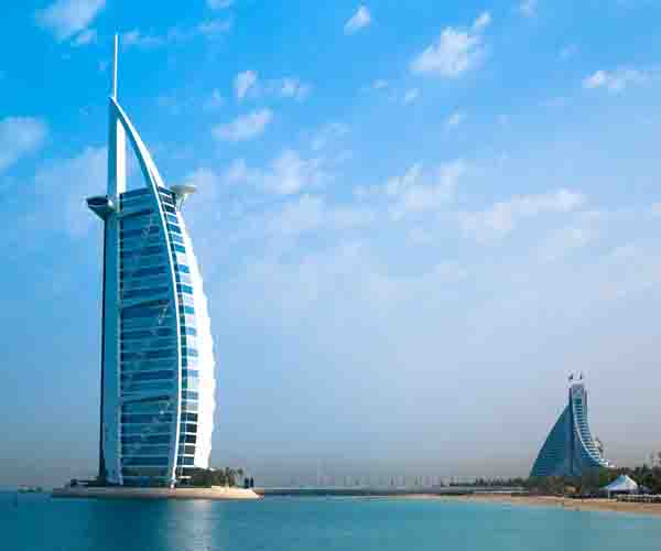 6N Dubai | Dhow Cruise | City Tour | Desert Safari | Miracle Garden | Aquaventur